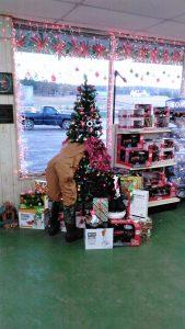 Farmer's Co-op Subiaco's Christmas Tree for the 2017 Christmas Tree Challenge