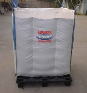 Fertilizer custom blended at Farmers Coop in Van Buren, Arkansas