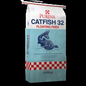 Purina Catfish 32 feed bag. Catfish in water.