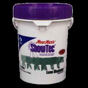 ADM Moormans ShowTec Lean Maximizer. White plastic pail with blue lid.