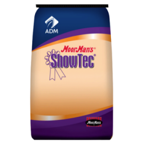 MoorMan's ShowTec Fast Fat. Blue and orange feed bag. Show feed for livestock.